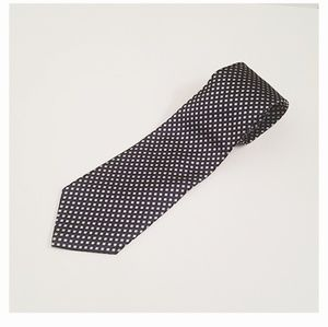 RoundTree & Yorke Blue and Silver 100% Silk Tie